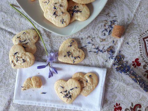 Biscotti ai petali di Fiordaliso